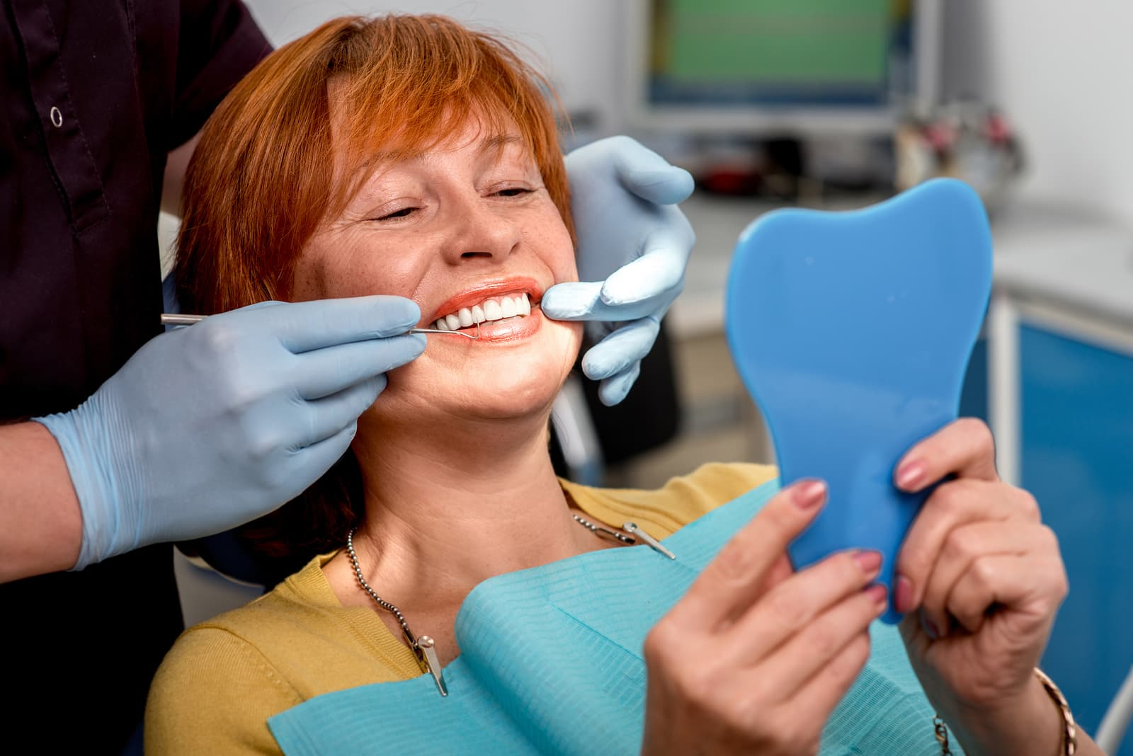 bigstock-Senior-woman-in-the-dental-off-77401595