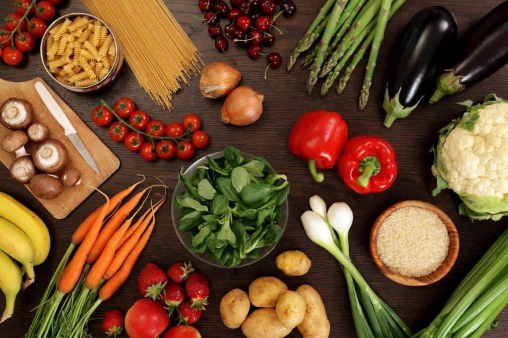 bigstock-Healthy-Eating-20502122-1024x683